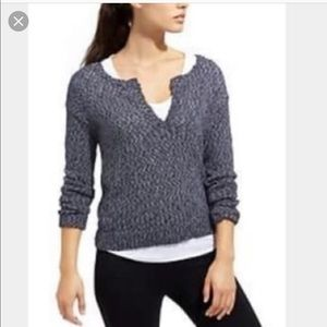 Athleta Weekend Pullover Sweater V-neck Medium